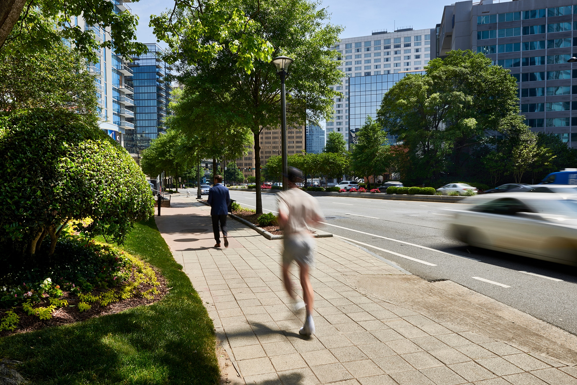 Live in Atlanta's Most Exciting Neighborhood with Conveniently Located Icon Buckhead Rentals